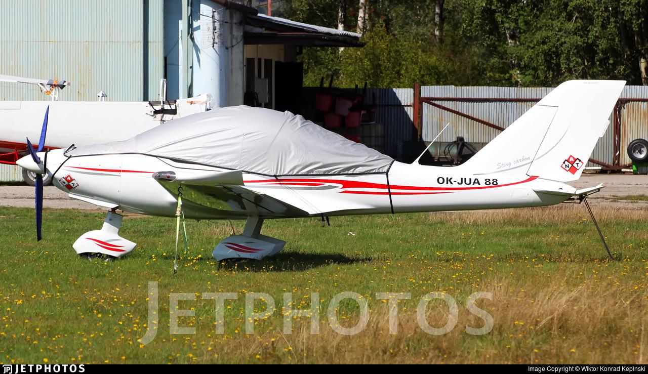 OK-JUA88 - TL Ultralight TL-2000 Sting Carbon - Private