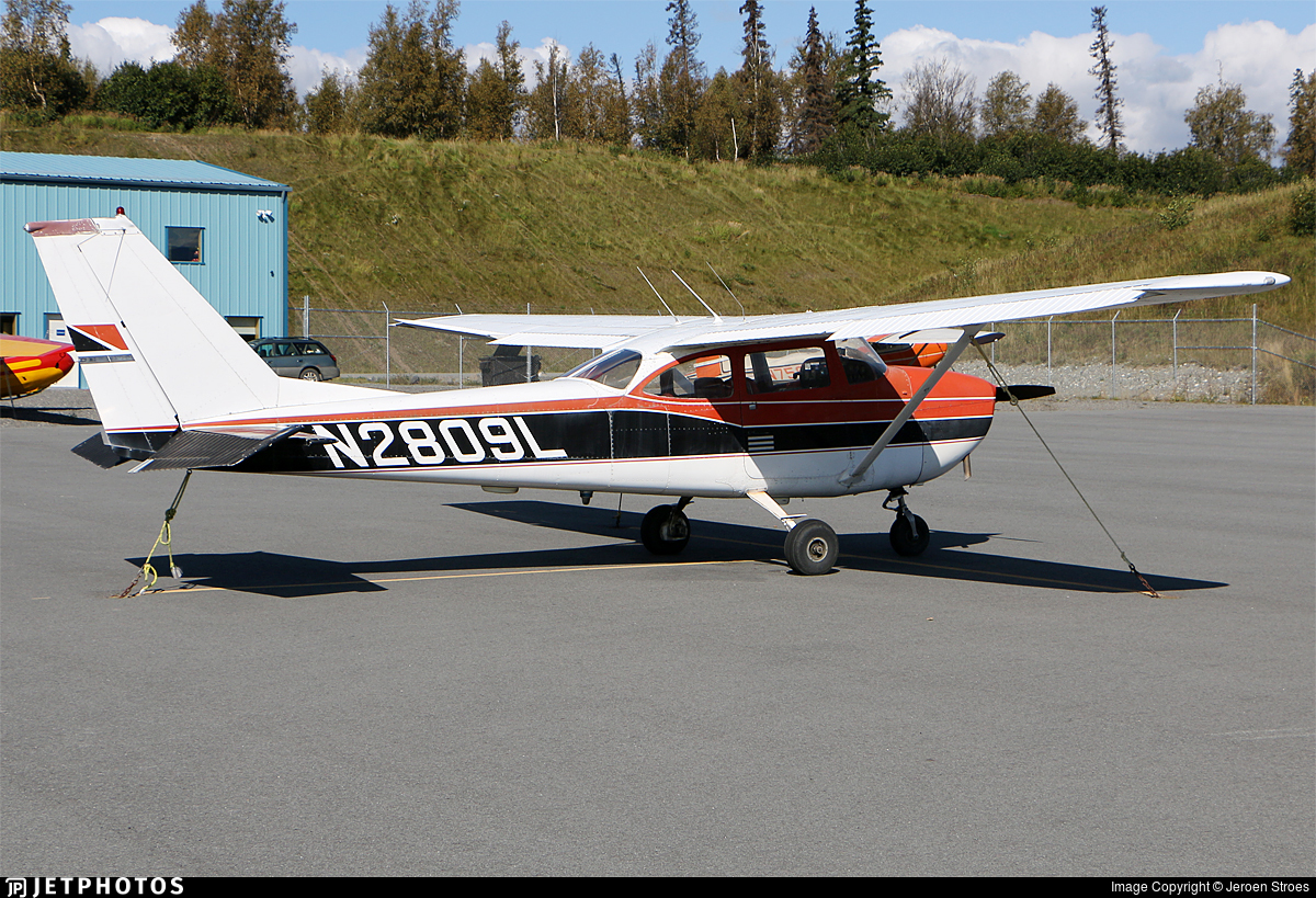 N2809L - Cessna 172H Skyhawk - Private