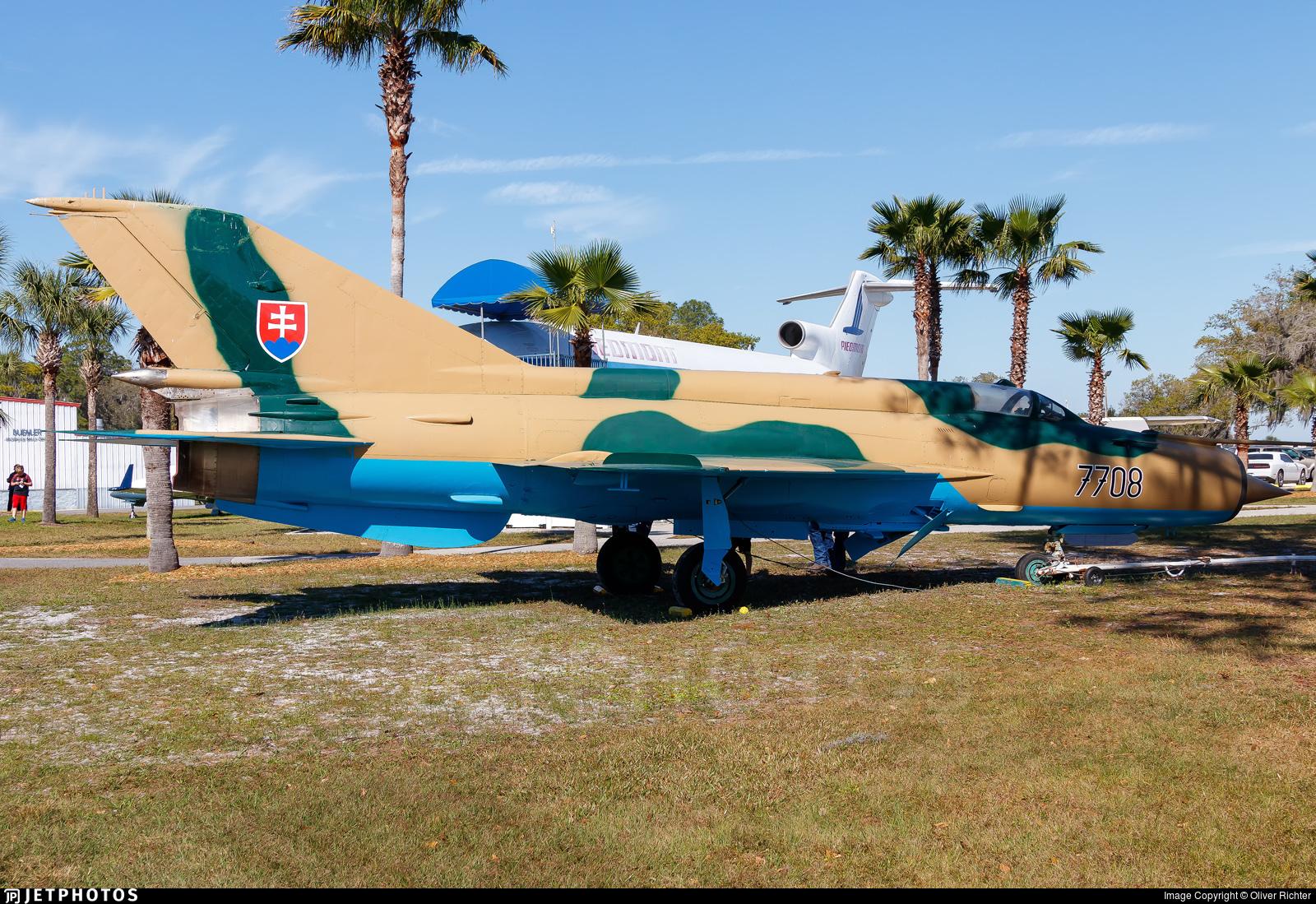 N7708 - Mikoyan-Gurevich MiG-21MF Lancer C - Private