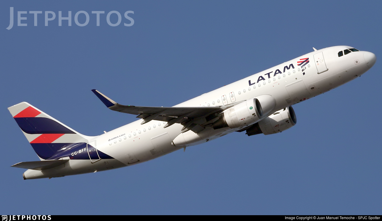 CC-BFF - Airbus A320-214 - LATAM Airlines