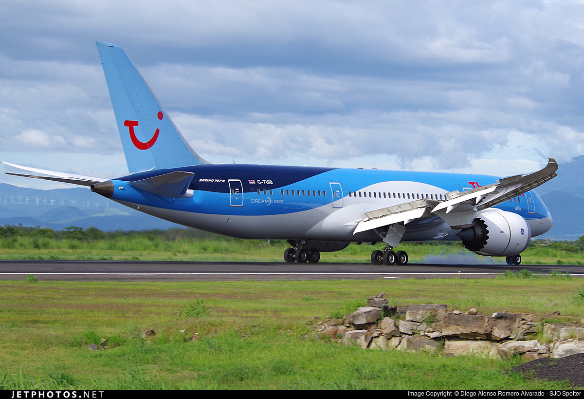 G-TUIB | Boeing 787-8 Dreamliner | Thomson Airways | Diego Alonso ...
