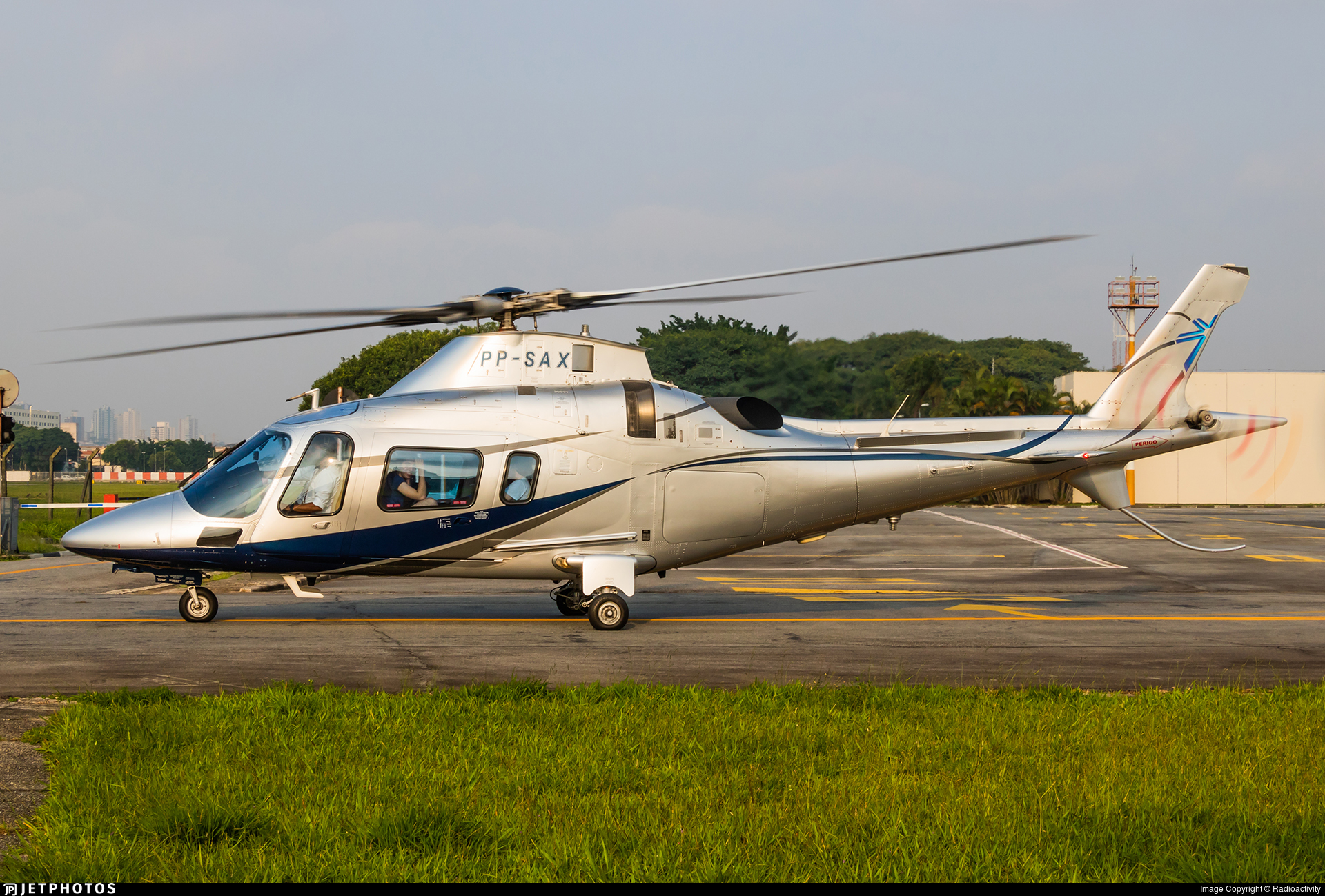 PP-SAX - Agusta A109E Power - Avantto