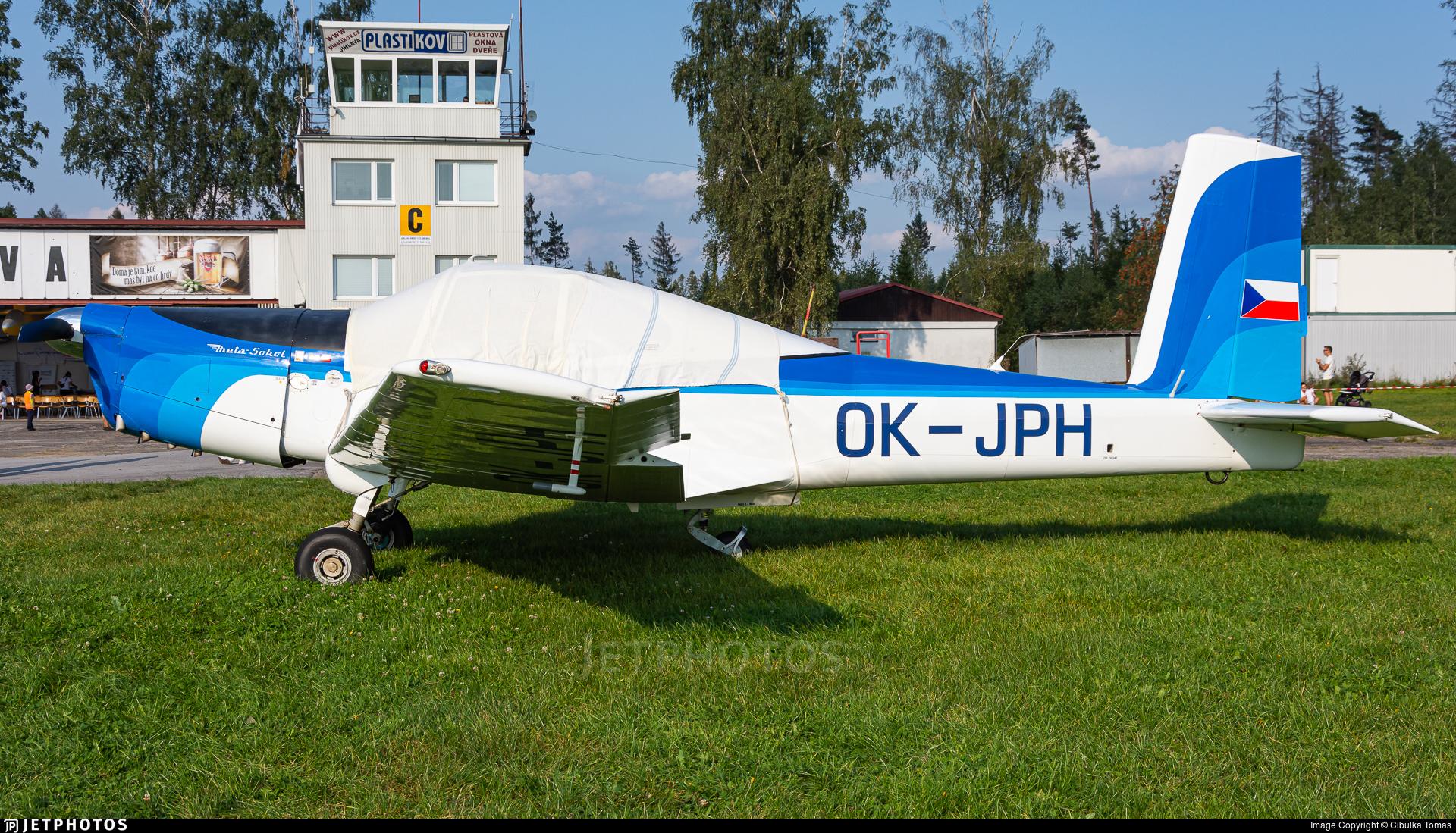 OK-JPH - Orlican L-40 Meta-Sokol - Private