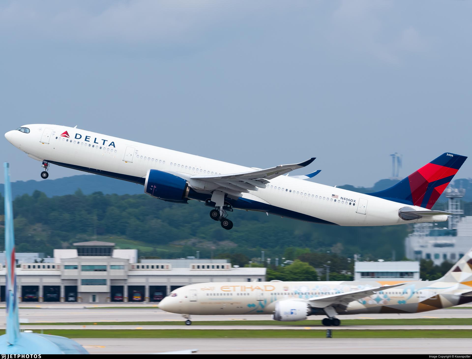 N406DX - Airbus A330-941 - Delta Air Lines