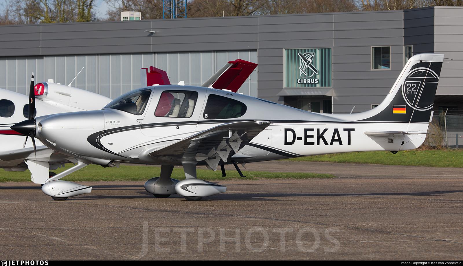 D-EKAT - Cirrus SR22-GTS Turbo - Private