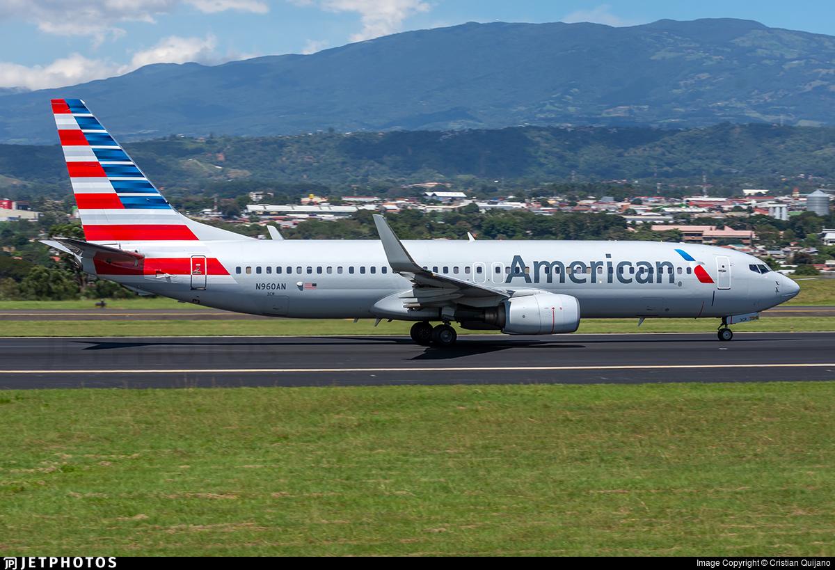 N960AN - Boeing 737-823 - American Airlines