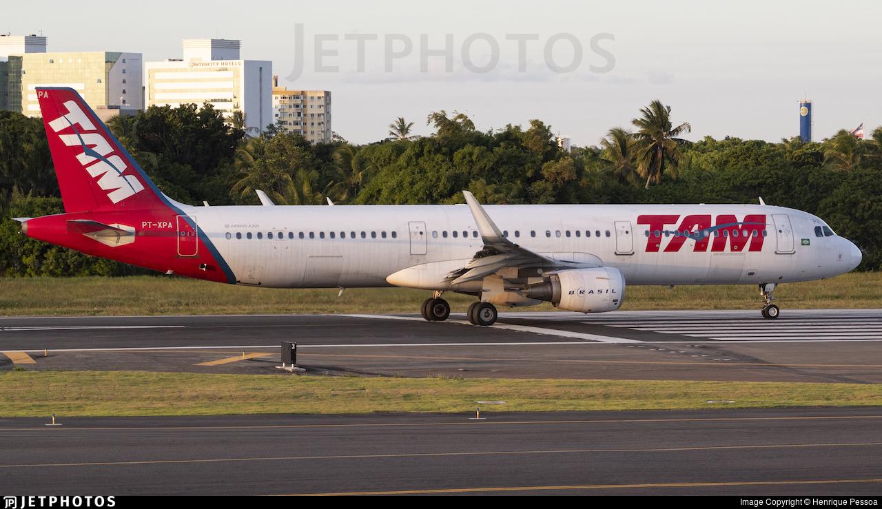 PT-XPA - Airbus A321-211 - TAM Linhas Aéreas