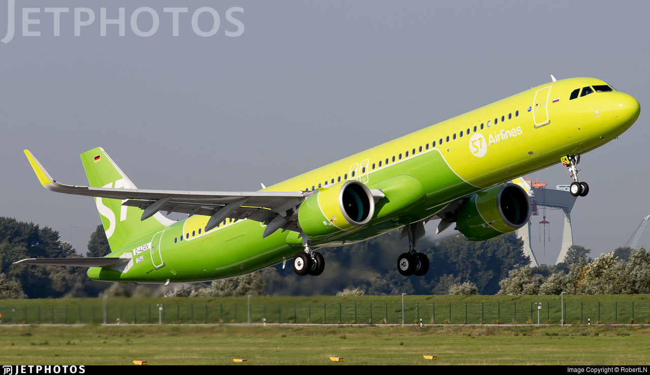 D-AZAN - Airbus A321-271NX - S7 Airlines