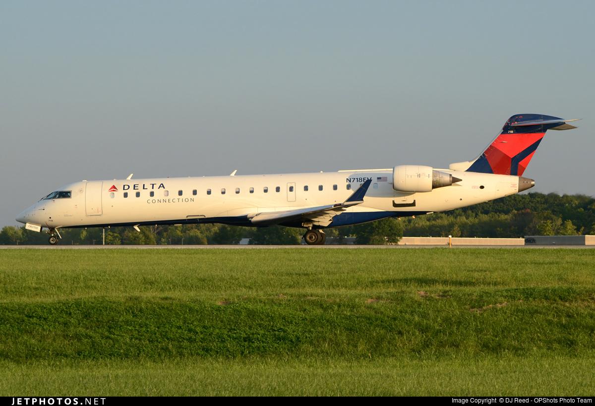 N718EV - Bombardier CRJ-701ER - Delta Connection (ExpressJet Airlines)