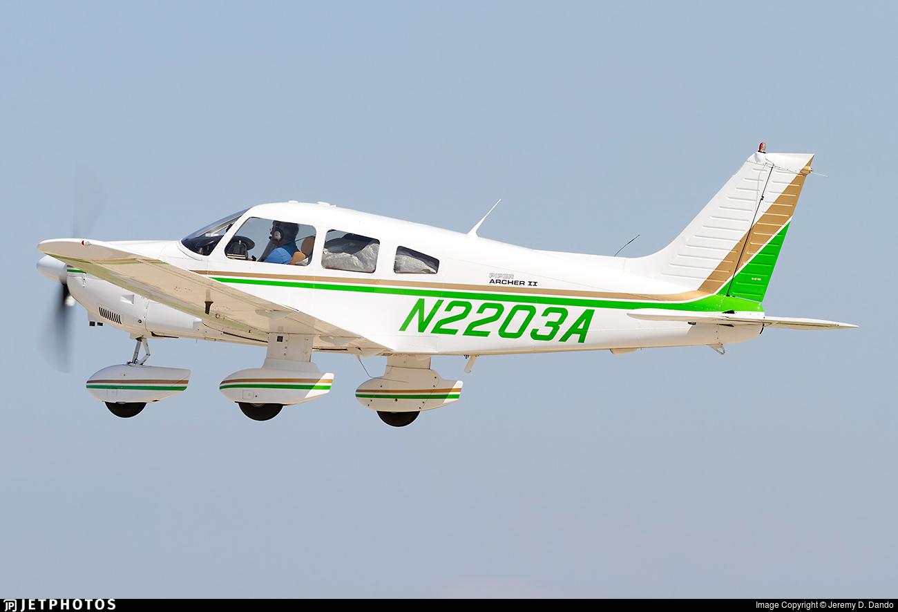 N2203A - Piper PA-28-181 Archer II - Private