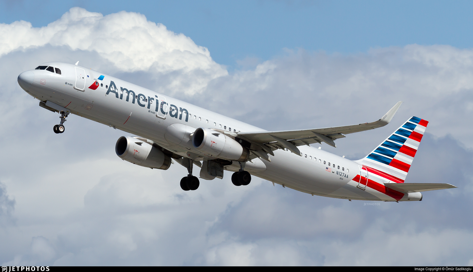 N127AA - Airbus A321-231 - American Airlines