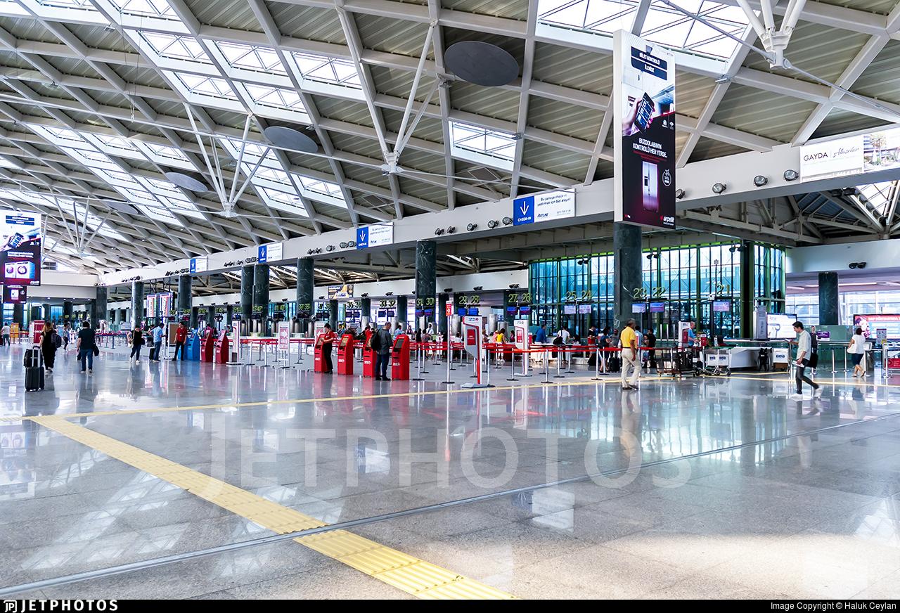 LTBJ - Airport - Terminal