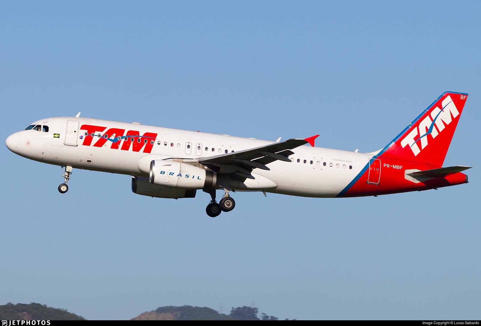 PR-MBF - Airbus A320-232 - TAM Linhas Aéreas