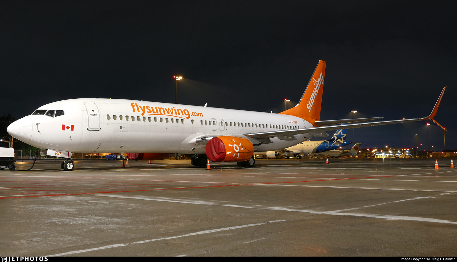 C-FPRP - Boeing 737-8FH - Sunwing Airlines