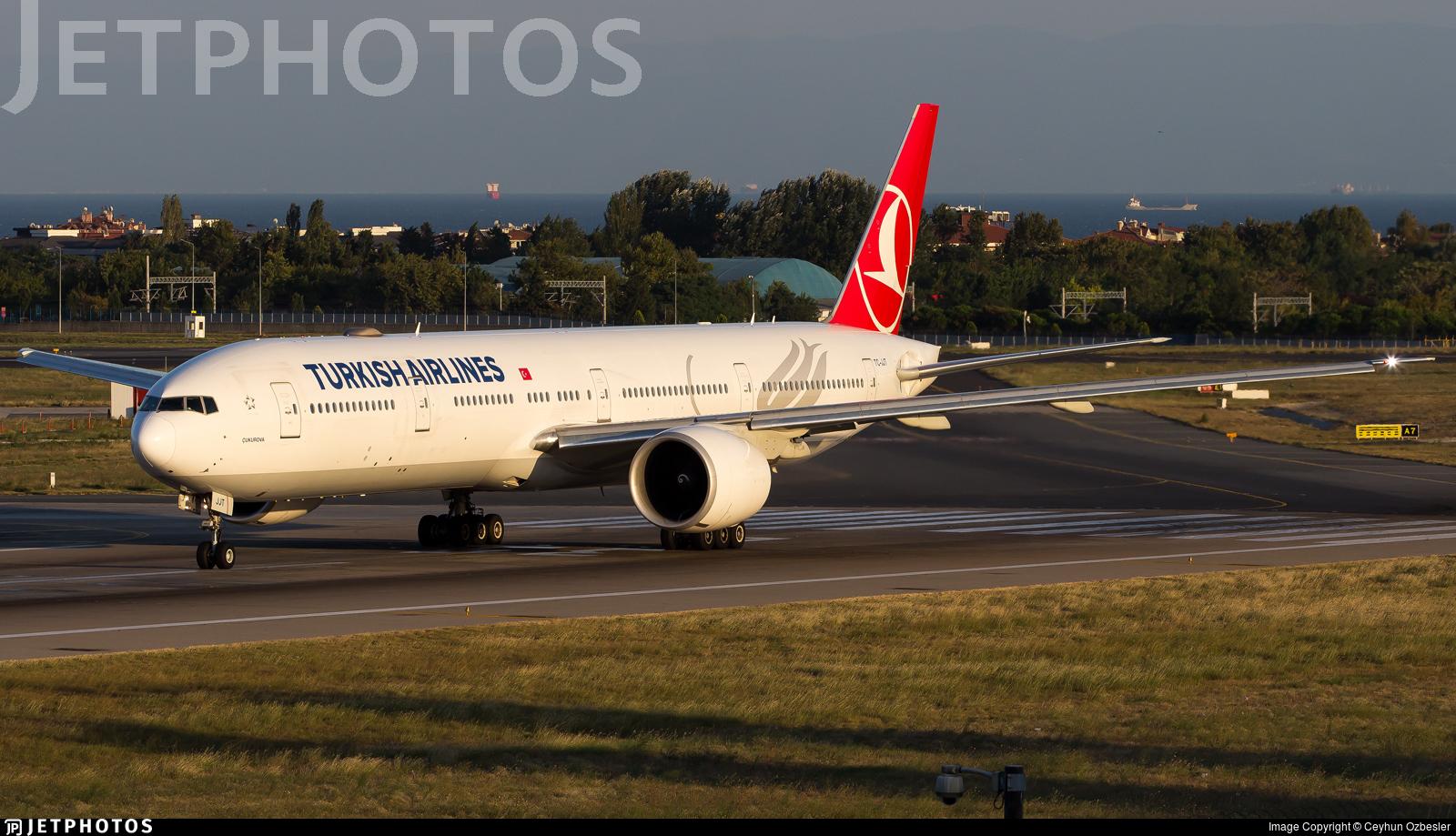 TC-JJT - Boeing 777-3F2ER - Turkish Airlines