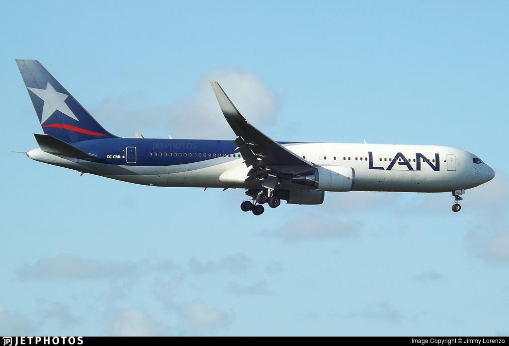 CC-CML - Boeing 767-3Q8(ER) - LAN Airlines