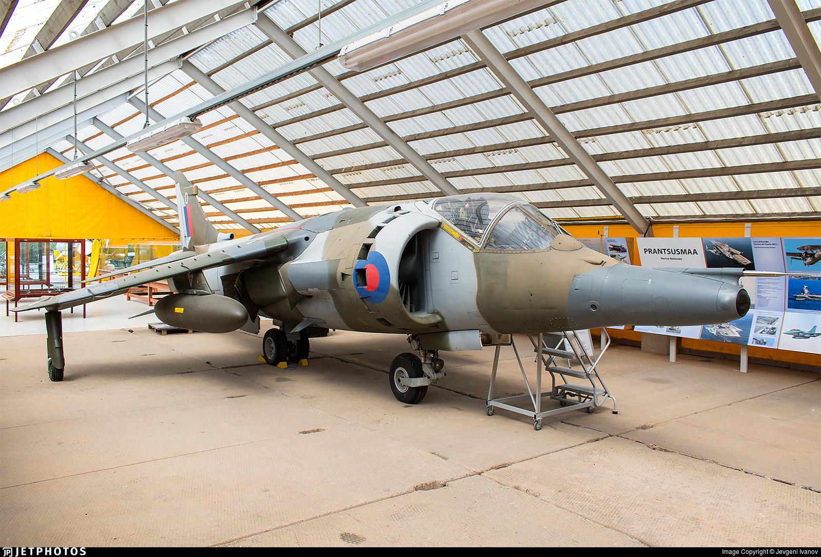 XZ994 - Hawker Siddeley Harrier GR.3 - United Kingdom - Royal Air Force (RAF)