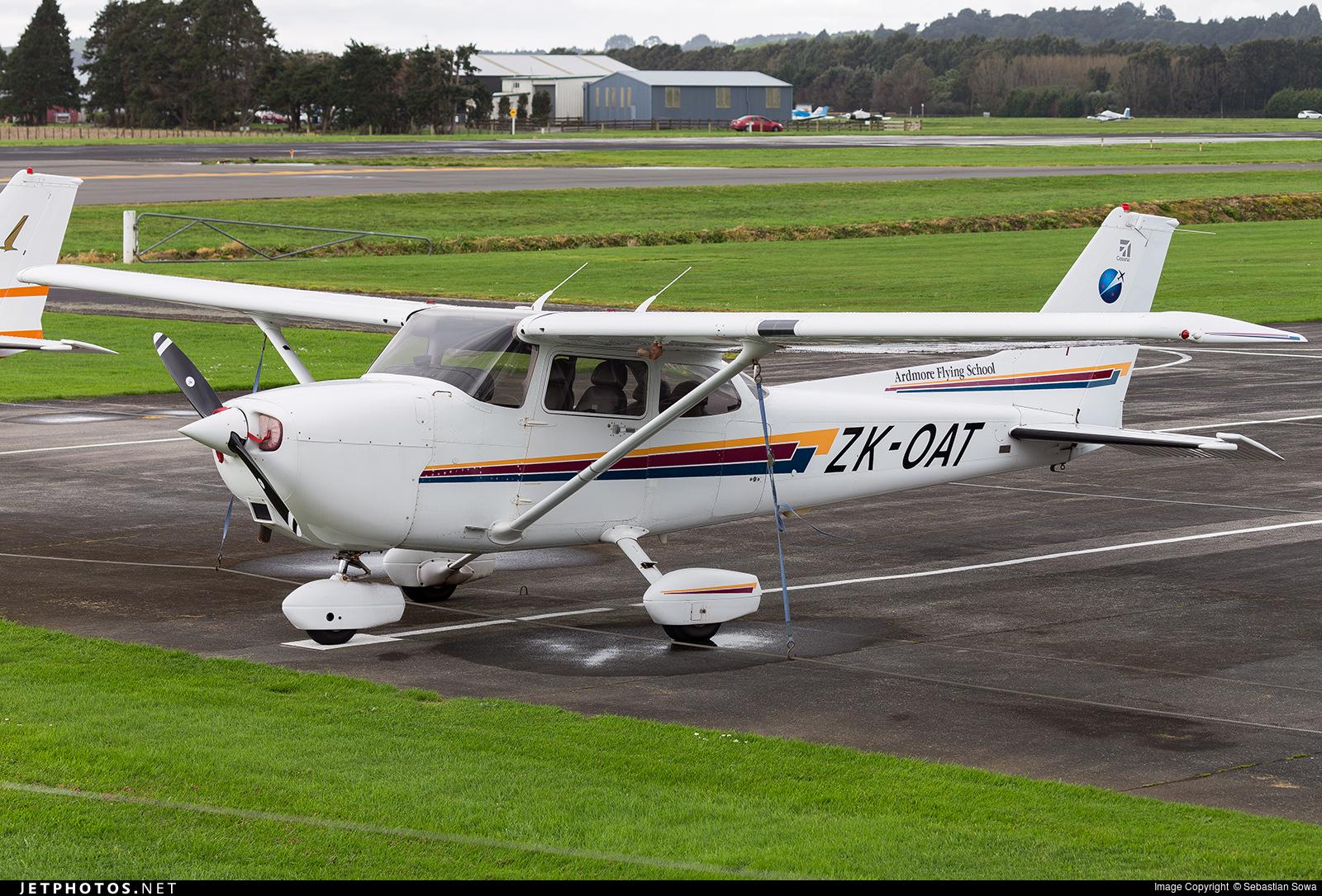 ZK-OAT - Cessna 172R Skyhawk II - Ardmore Flying School