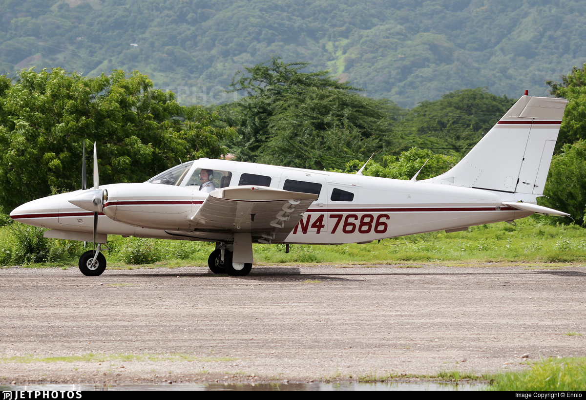 N47686 - Piper PA-34-200T Seneca II - Private