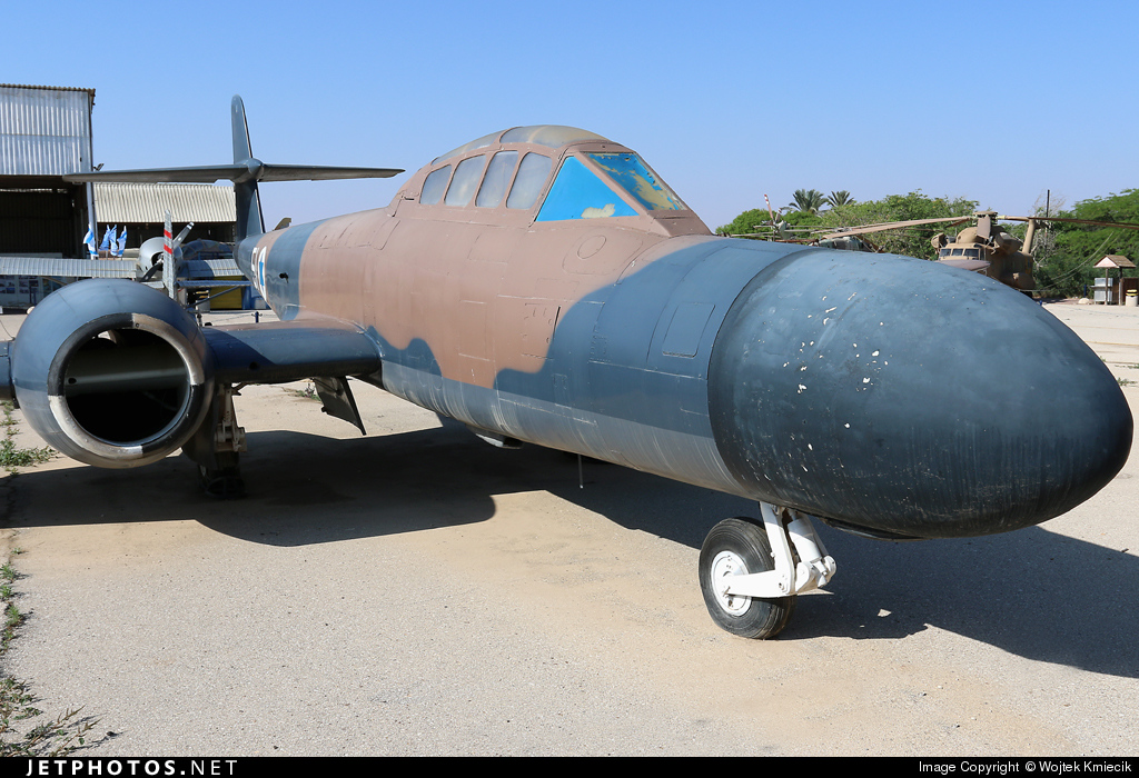 4X-FNB - Gloster Meteor NF.13 - Israel - Air Force