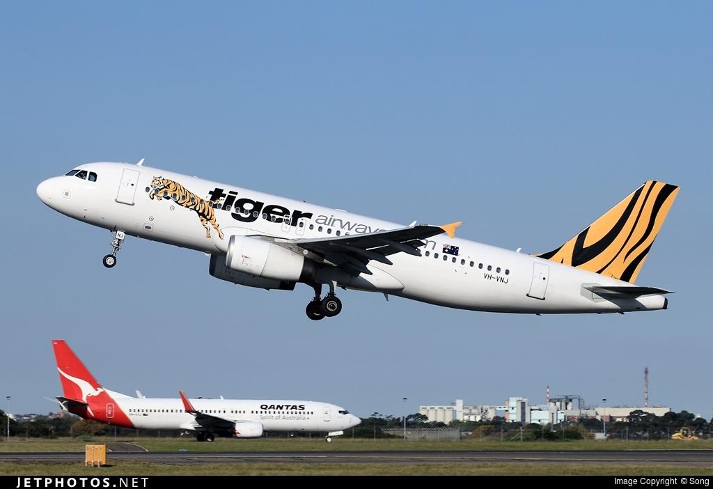 VH-VNJ - Airbus A320-232 - Tiger Airways