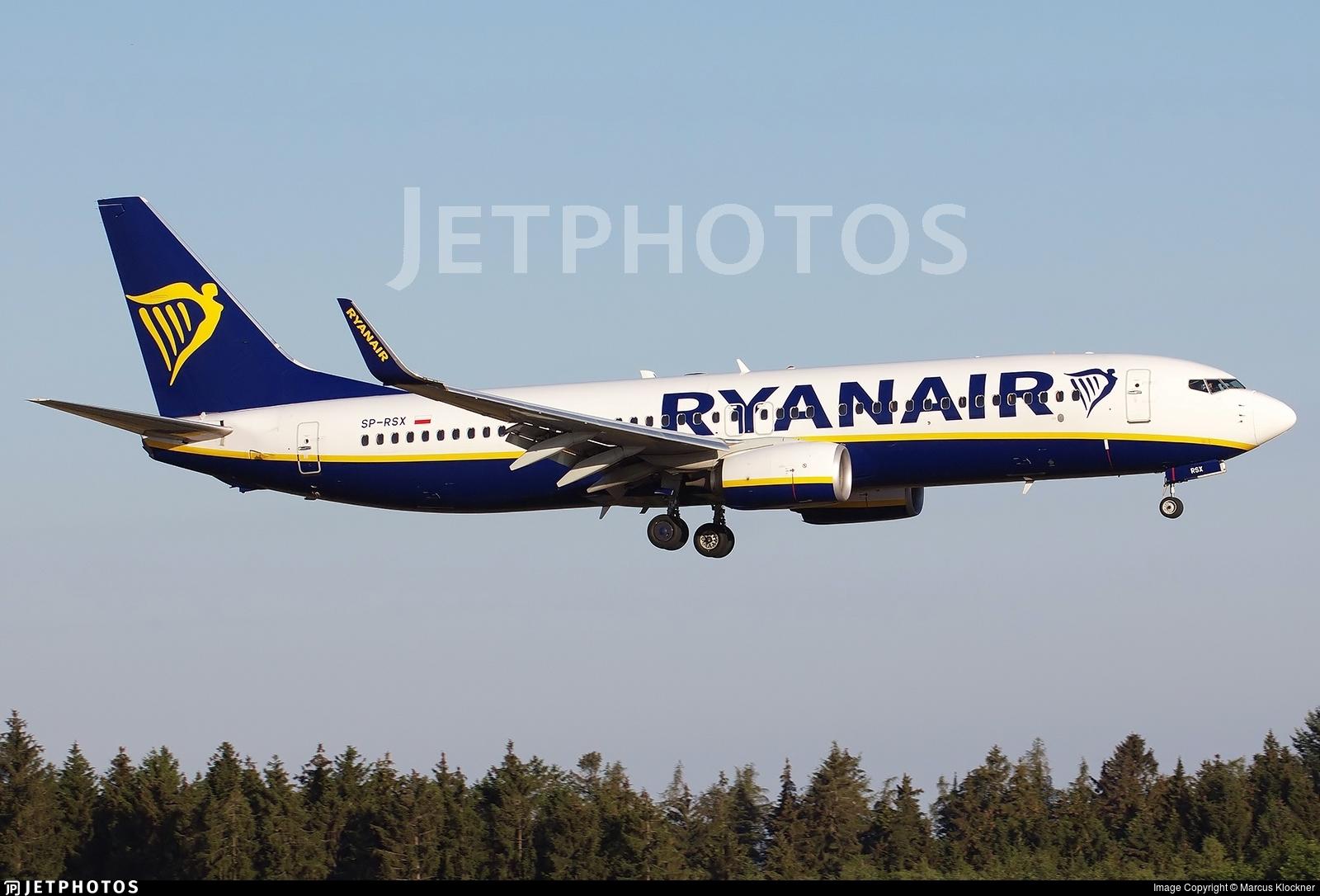 SP-RSX - Boeing 737-8AS - Ryanair Sun