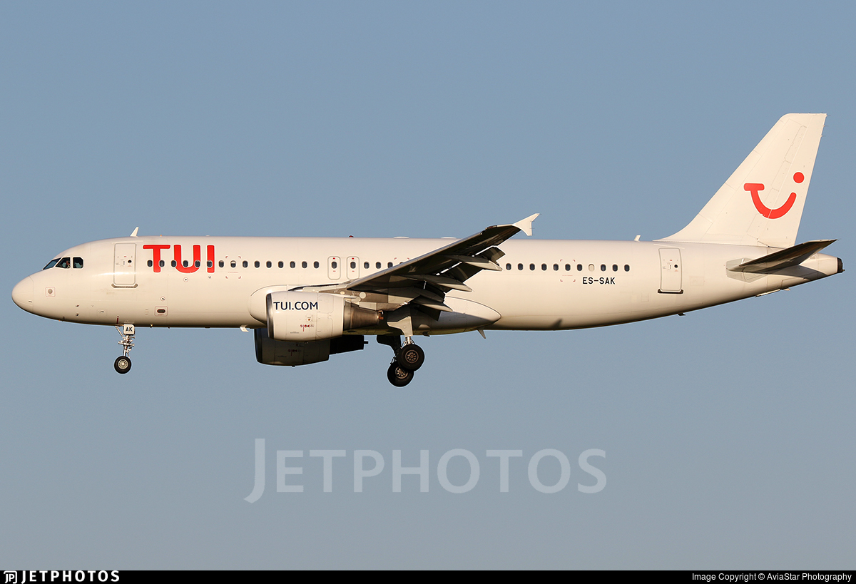 ES-SAK - Airbus A320-214 - TUI (Smartlynx Estonia)