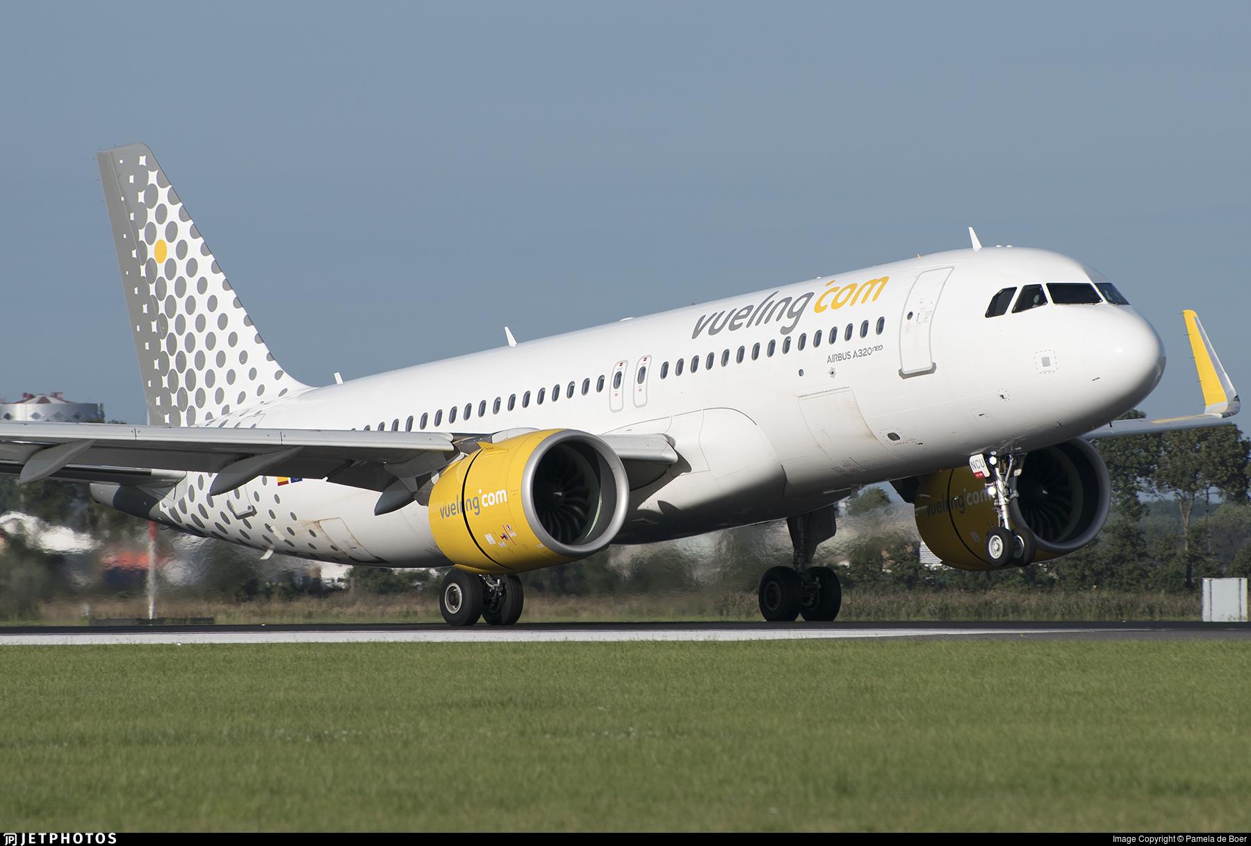 EC-NCU - Airbus A320-271N - Vueling