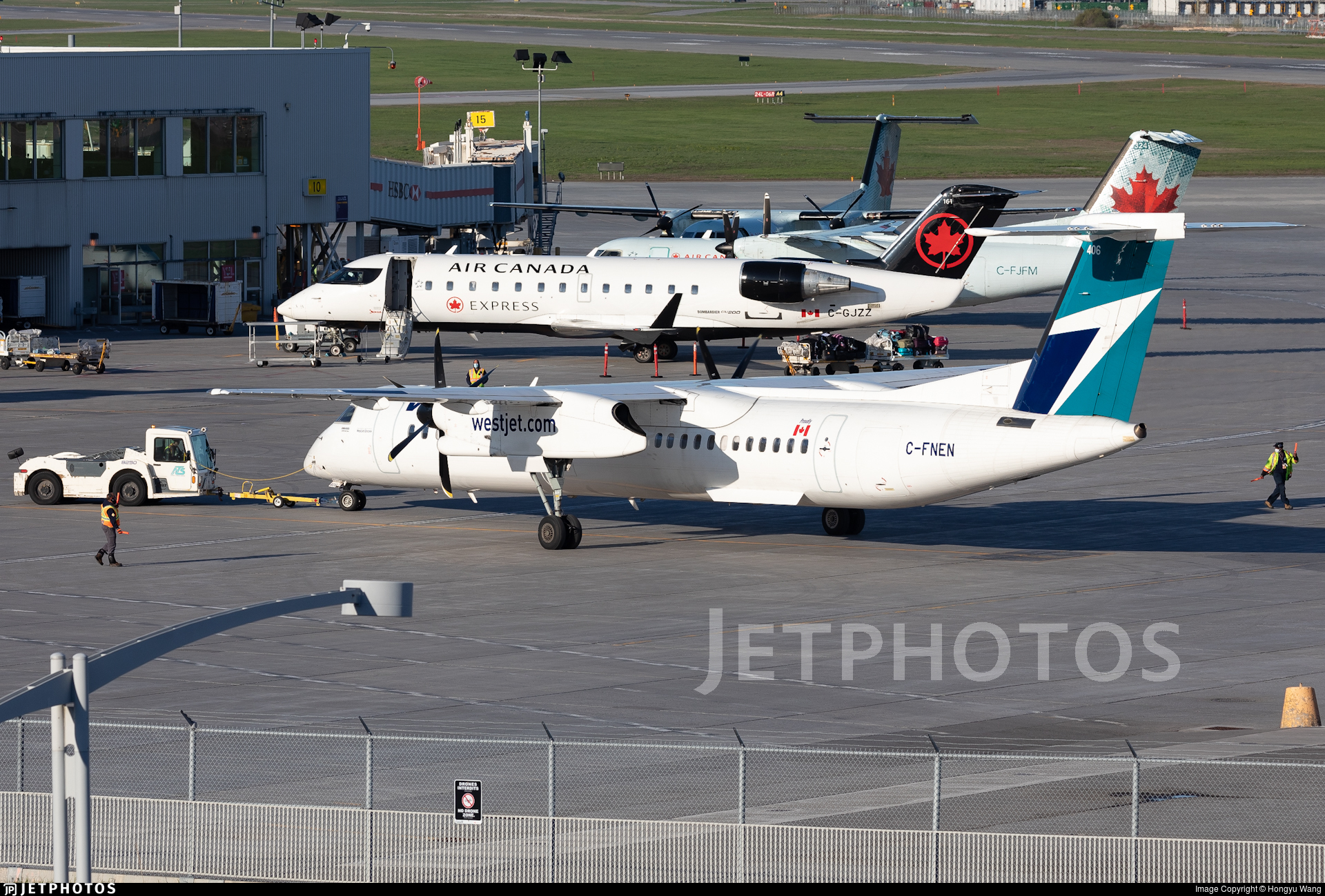 C-FNEN - Bombardier Dash 8-Q402 - WestJet Encore