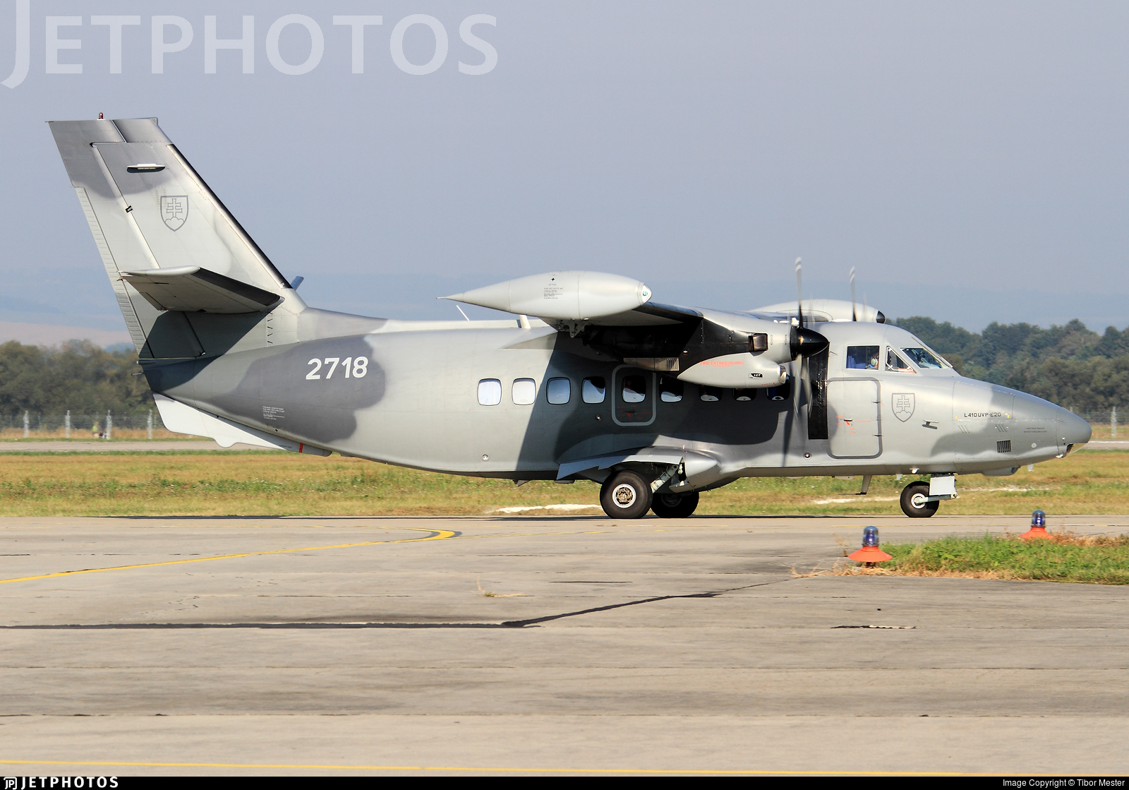 2718 - Let L-410UVP-E20 Turbolet - Slovakia - Air Force