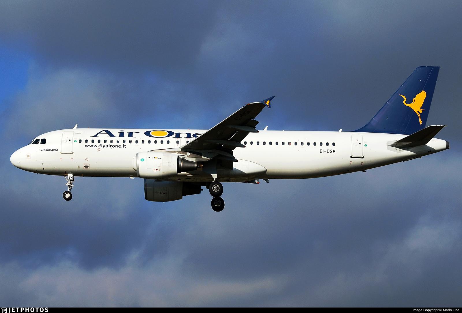 EI-DSM - Airbus A320-216 - Air One