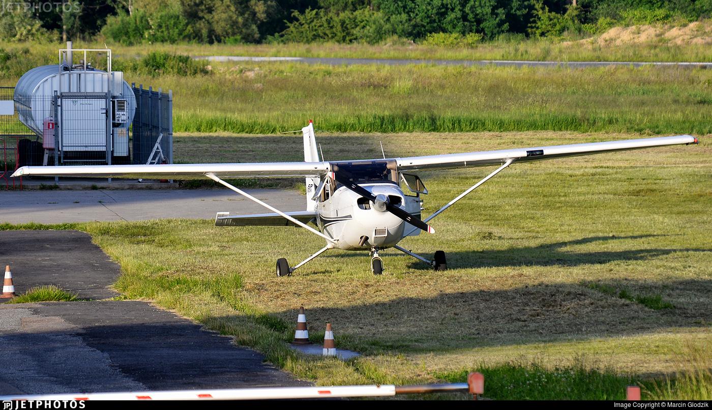 SP-KSL - Cessna 172S Skyhawk SP - Aero Club - Slaski