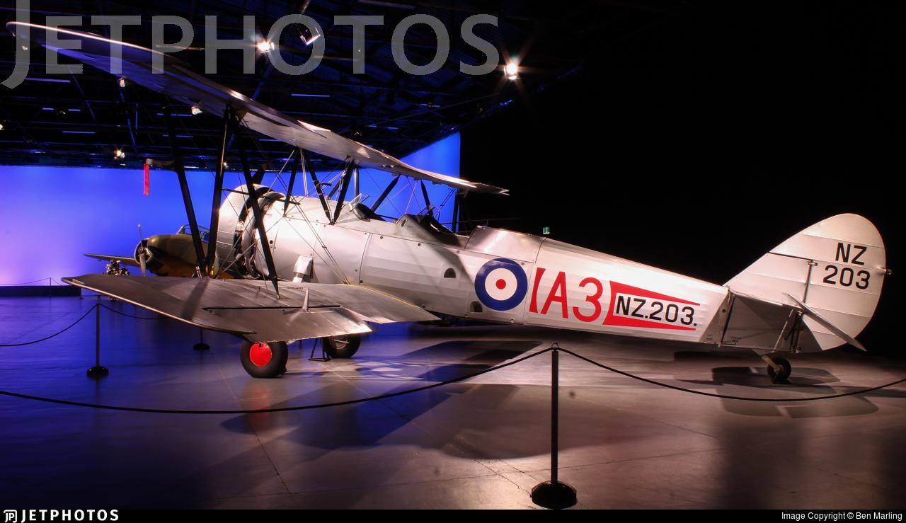 NZ203 - Avro 626 Prefect - New Zealand - Royal New Zealand Air Force (RNZAF)
