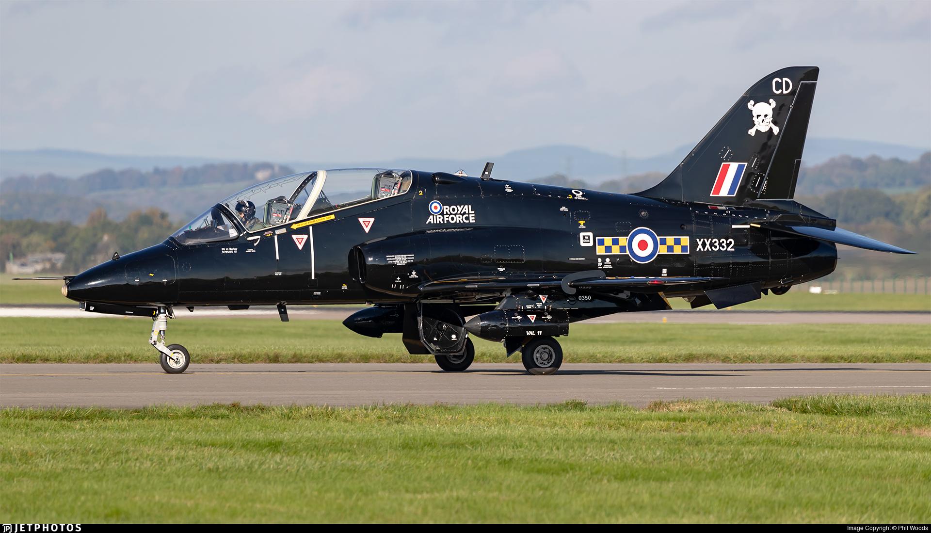 XX332 - British Aerospace Hawk T.1A - United Kingdom - Royal Air Force (RAF)