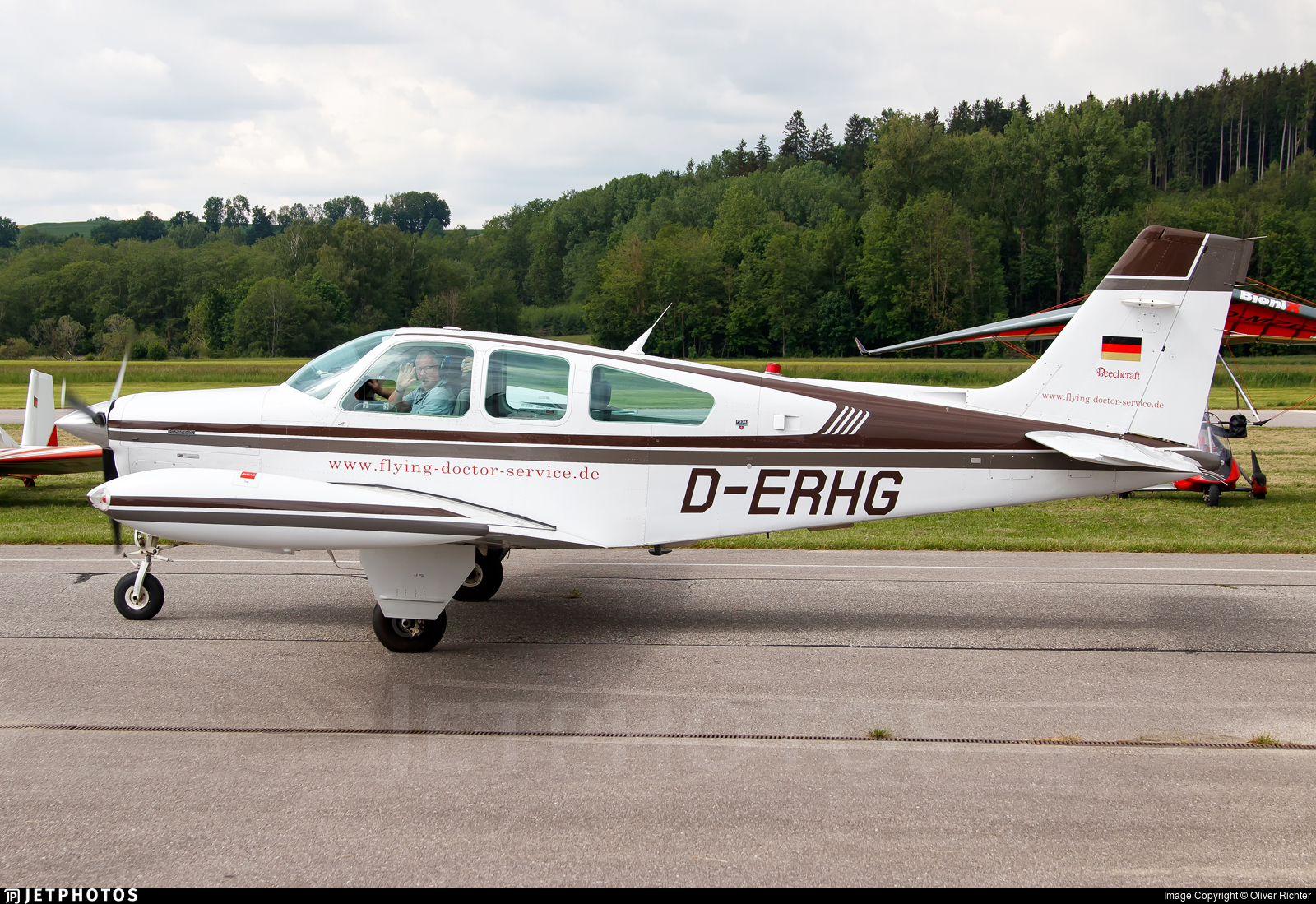D-ERHG - Beechcraft F33A Bonanza - Private