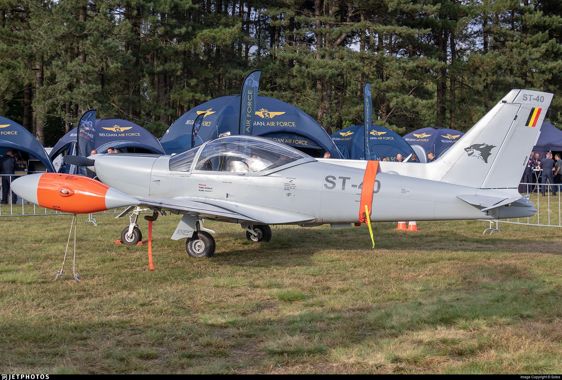 ST-40 - SIAI-Marchetti SF260D - Belgium - Air Force