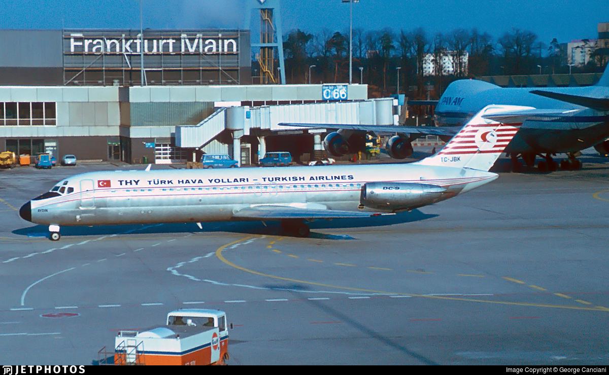 TC-JBK - McDonnell Douglas DC-9-32 - THY Turkish Airlines