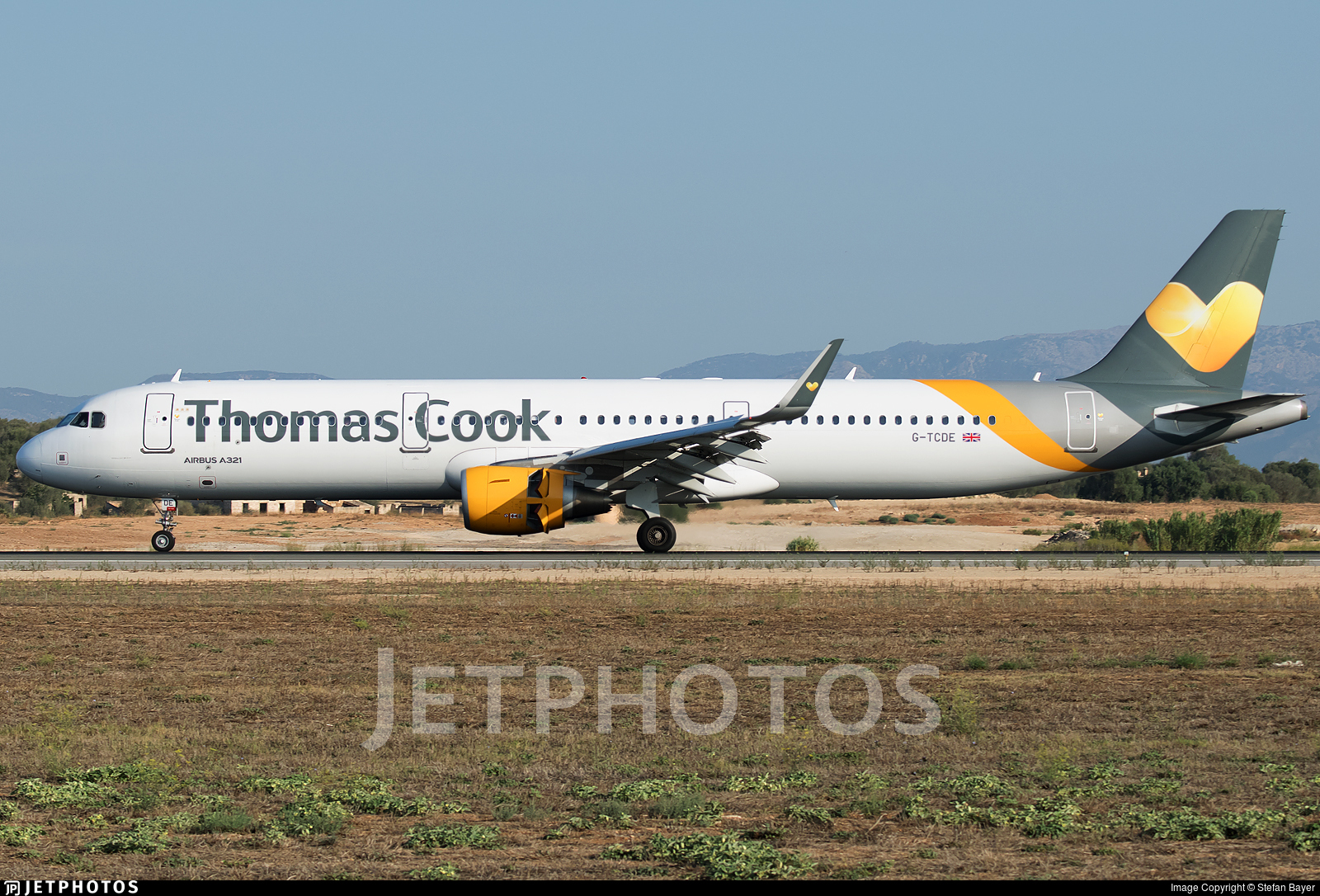G-TCDE - Airbus A321-211 - Thomas Cook Airlines