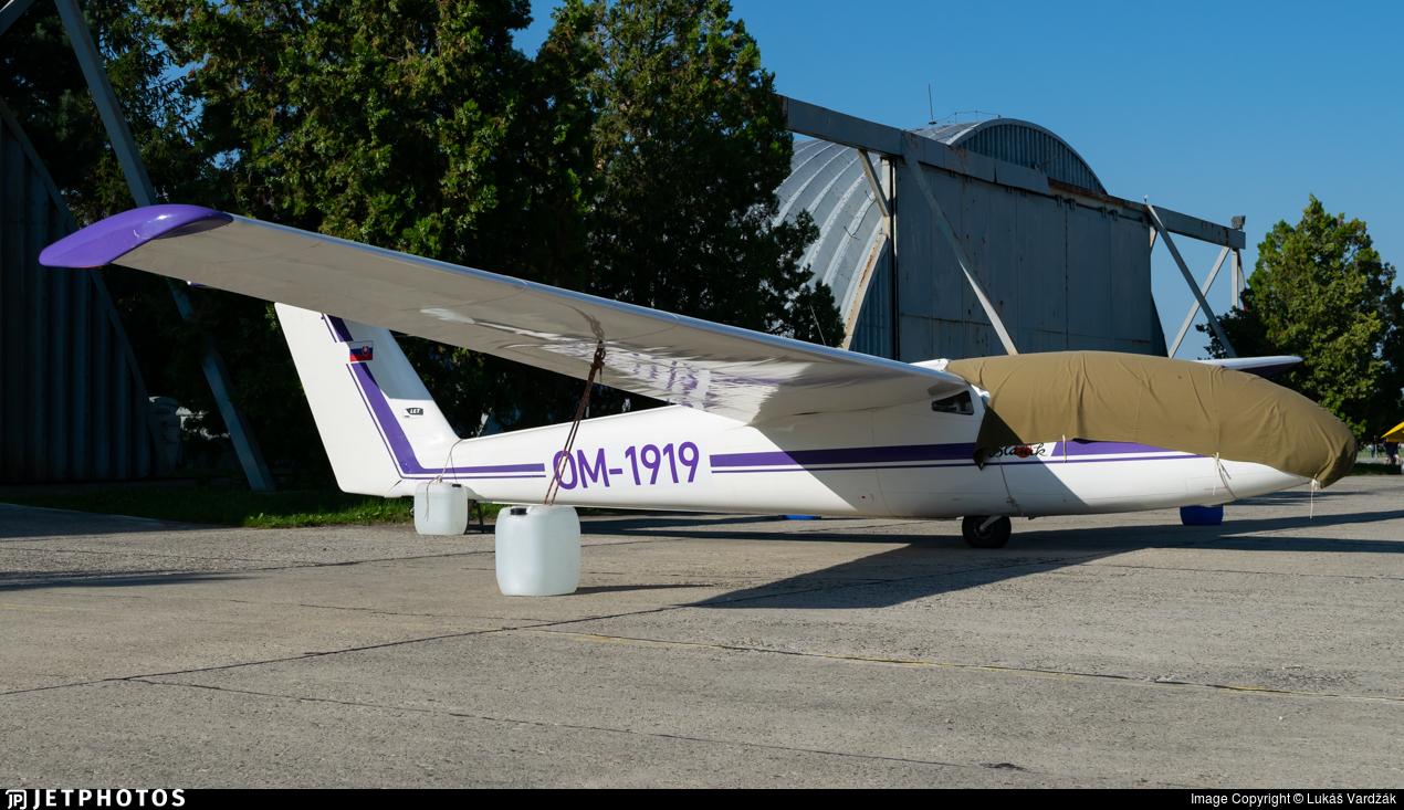 OM-1919 - Let L-23 Super Blanik - Private