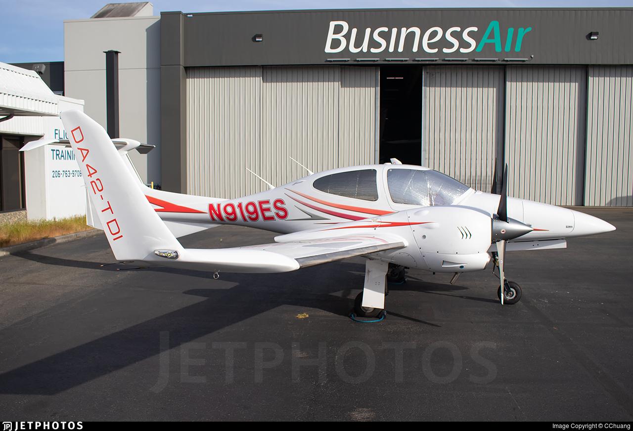 N919ES - Diamond DA-42 Twin Star - Private