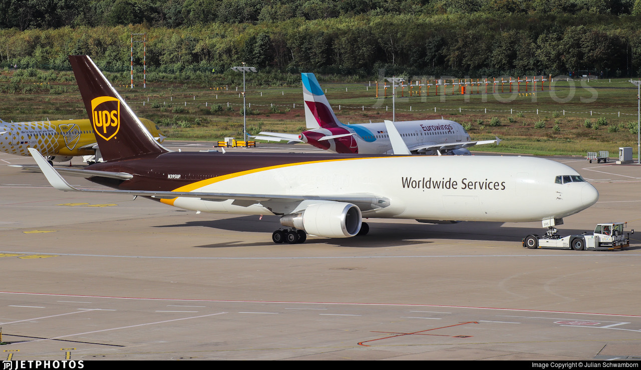 N395UP - Boeing 767-316(ER)(BDSF) - United Parcel Service (UPS)