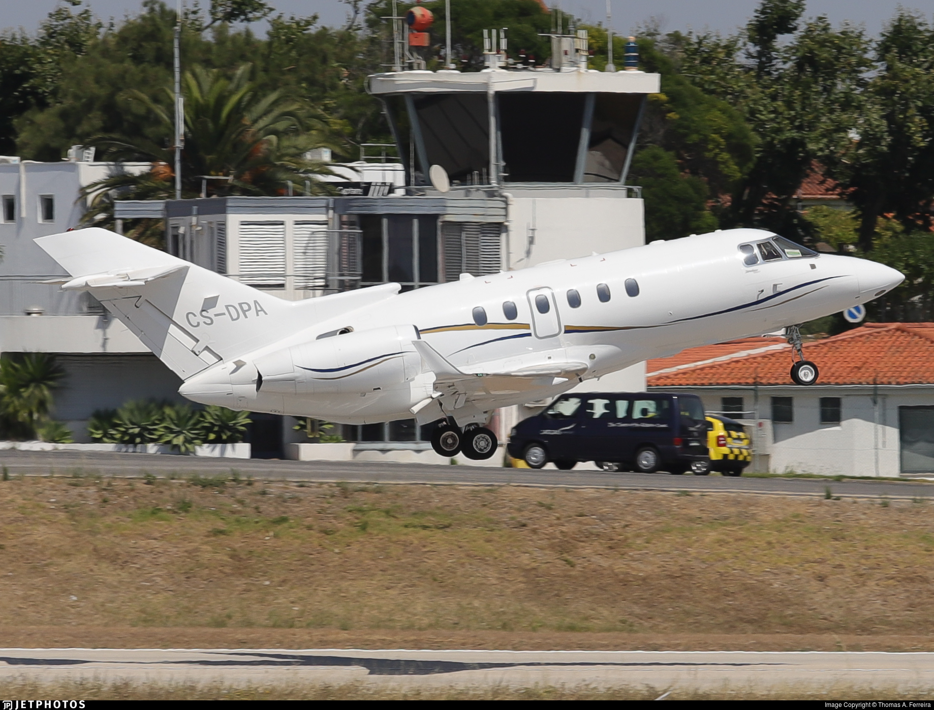 CS-DPA - Hawker Beechcraft 900XP - Private