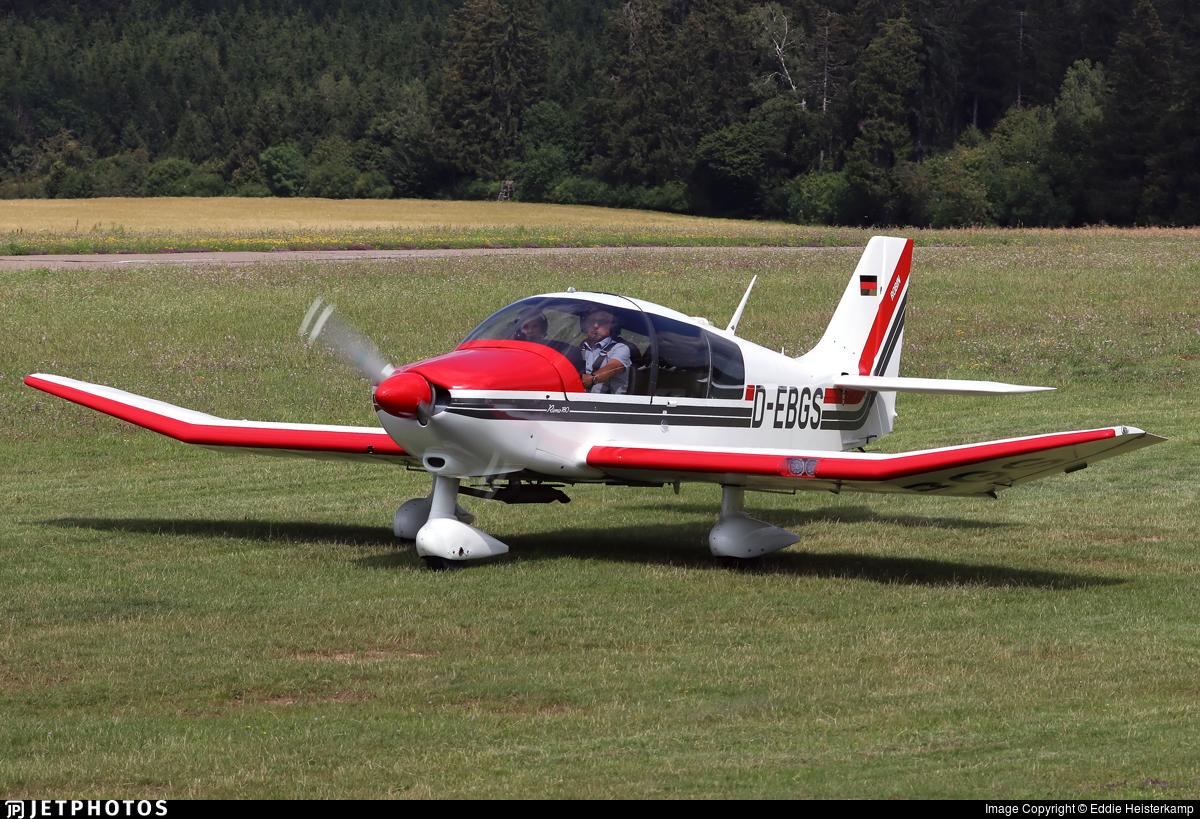 D-EBGS - Robin DR400/180R Remorqueur - Private