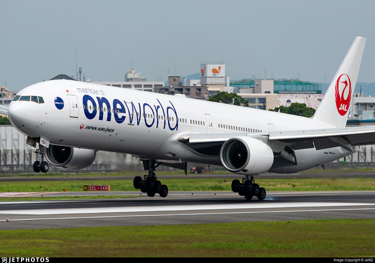 JA752J - Boeing 777-346 - Japan Airlines (JAL)