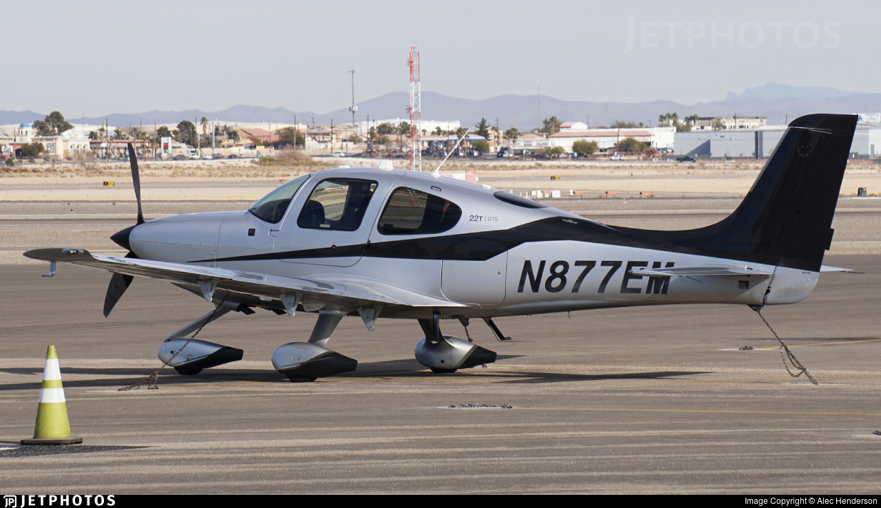 N877EM - Cirrus SR22-GTS G5 Carbon - Private