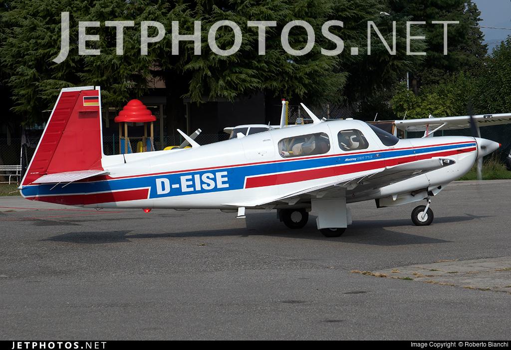 D-EISE - Mooney M20K - Private