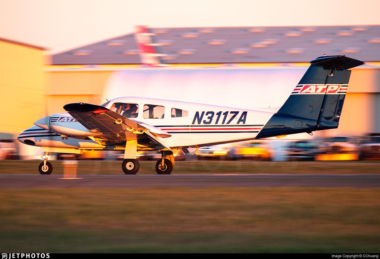 N3117A - Piper PA-44-180 Seminole - ATP Flight School
