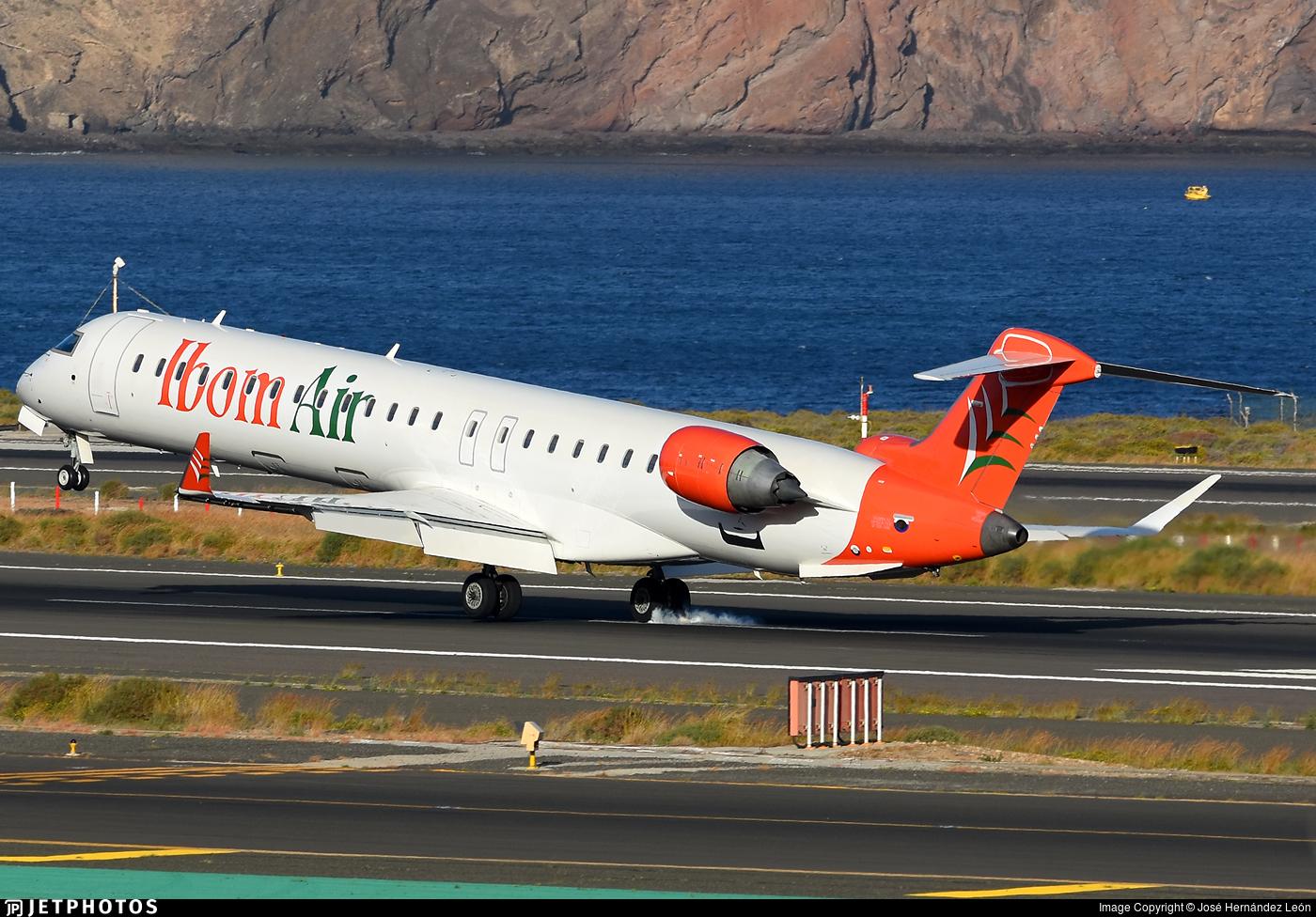 C-FWNK - Bombardier CRJ-900LR - Ibom Air
