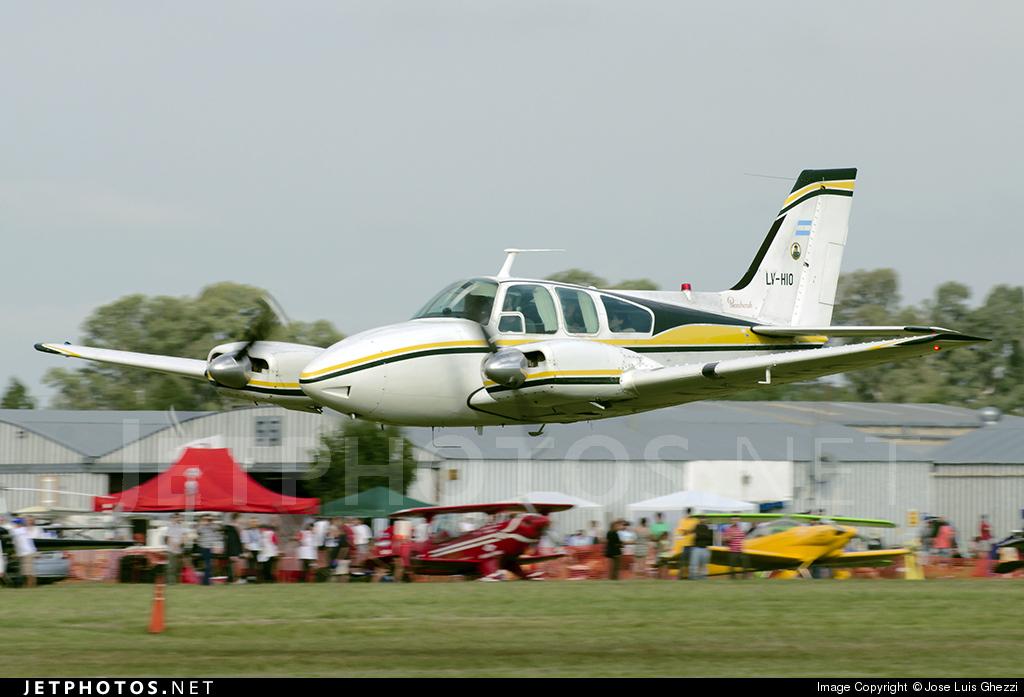 LV-HIO - Beechcraft 58 Baron - Private