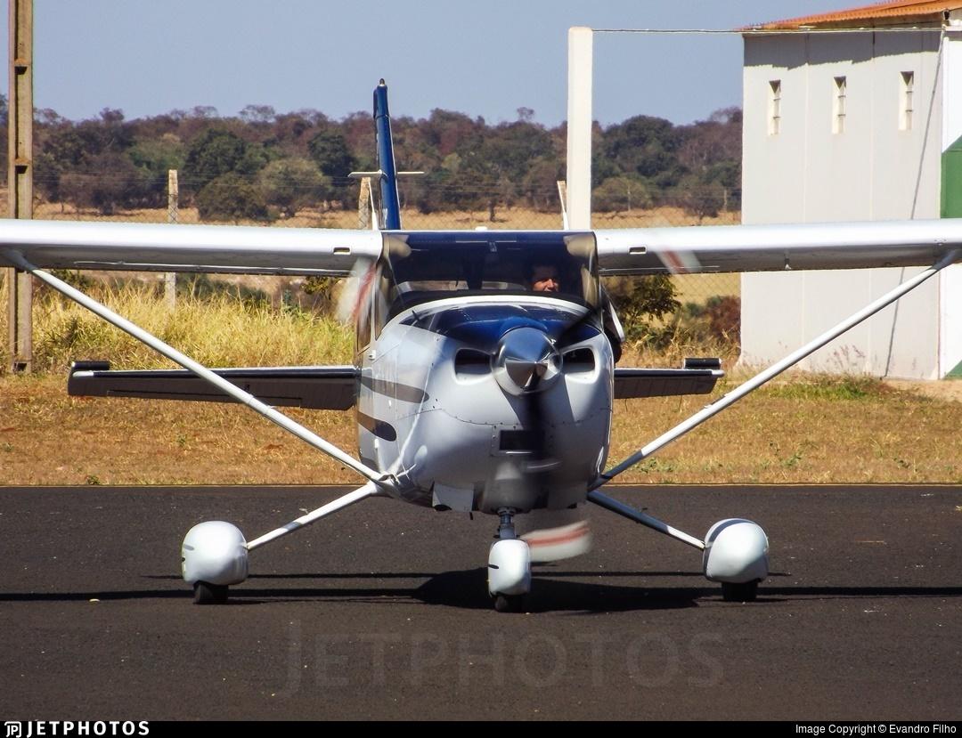 PR-THE - Cessna 182T Skylane - Private